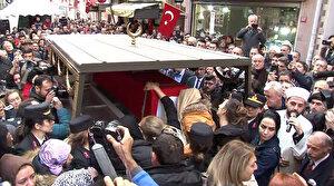 Bomba imha uzmanı şehit Esra Çevik son yolculuğuna uğurlandı: Şehit olursam dik durun