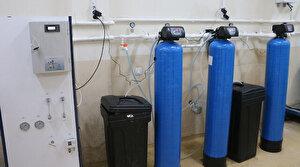 Siirt'te kimya öğretmenleri el ele verip dezenfektan üretti