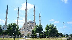 Adana'da cuma namazı kılınacak cami ve alanlar belli oldu