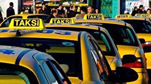 Taksiciler yine rant peşinde: Küçücük bebek taksiye kustu diye 400 lira istedi