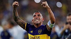 Carlos Tevez kararını verdi, bir yıllık sözleşmeye imzayı attı