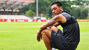 Mesut Özil sosyal medyadan transfer sinyalini verdi