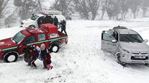 Aksaray'da kar ve tipi nedeniyle mahsur kalan 117 kişi kurtarıldı