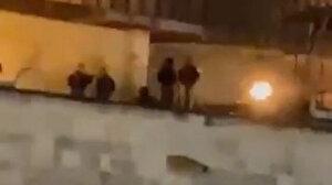İşgalciler Mescid-i Aksa'nın çatısına ayak bastı