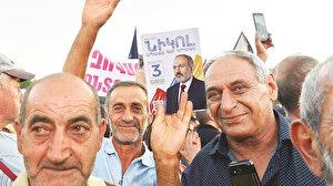 Sandıkta kazanan Paşinyan: Ermenistan halkı kavga istemediğini gösterdi