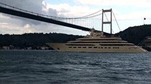 Dünyanın en büyük süper yatlarından 'Dilbar' İstanbul Boğazı'ndan geçti: Tam 256 milyon dolar değerinde
