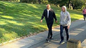 Bakan Ersoy ve Bakan Muş Central Park'ta sabah yürüyüşü yaptı