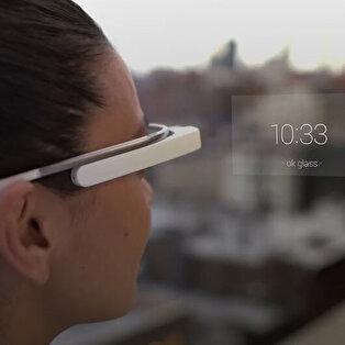 Google Glass Explorer Edition 'son' yazılım güncellemesini alıyor
