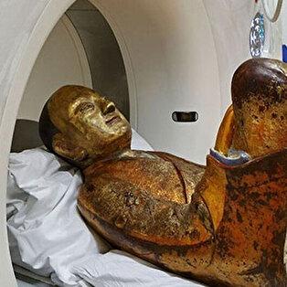 Buda heykelinin içinden 'rahip cesedi' çıktı