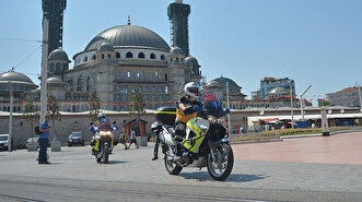 Istanbul's motorcycle ambulances all set to r...
