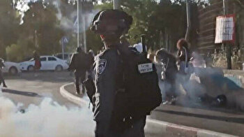 Israeli forces attack Palestinians in Sheikh Jarrah neighborhood