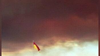 Giant forest fire in Turkey's Antalya engulfs sky in great black smoke