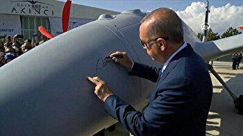 President Erdoğan signs Turkey's cutting-edge Akinci drone