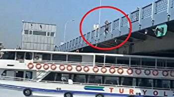 Daredevil Turk jumps onto moving ferry in wacky stunt