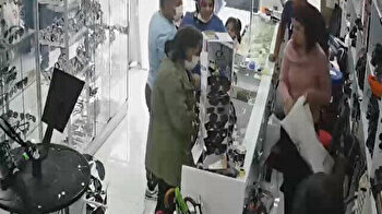 Woman pours tea over salesgirl after she refuses to drop price in Turkey