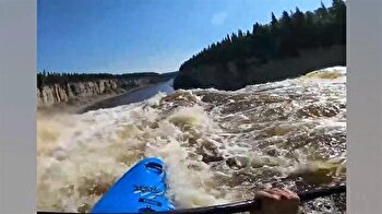 German kayaker's heart-stopping waterfall plunge in Canada