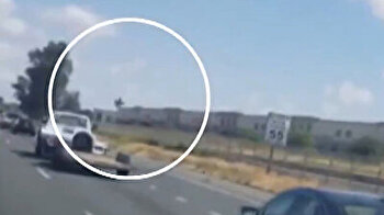 F-16 fighter jet crashes into warehouse in US