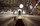 Alaca Camii'nin mimberi. Kare planlı olarak yapılan caminin giriş bölümünde üç tarafı açık, üstü mahfil bölümüyle kapalı son cemaat yeri bulunuyor. Mahfil, yarım küre şeklindeki üç balkon ile harime açılıyor. Kiremit kaplı çatı ile örtülü olan cami, bu haliyle daha çok klasik ev mimarisinde kullanılan çatı tipine benziyor.