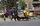 Kabil sokaklarında seyyar satıcıların, araba ve yaya trafiğinin yanı sıra plastik ve teneke toplayıcılarıyla birlikte özellikle caddelerdeki dükkanların önünde bekleyen dilencilerin de önemli bir yoğunluk oluşturduğu belirtiliyor.