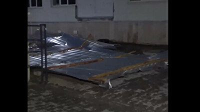 Caught on camera: Storm rips roof off building in Turkey