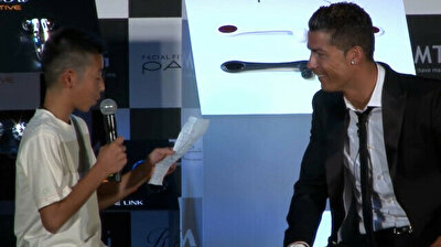 Video of Ronaldo telling crowd not to laugh at child speaking Portuguese resurfaces