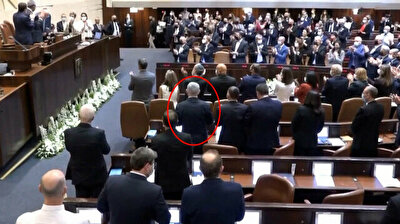 Netanyahu refuses to applaud Israel's outgoing president Rivlin with Knesset