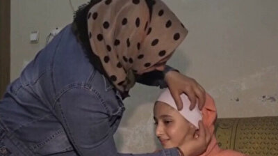Turkish aid group helps restore hearing of young Syrian refugee girl