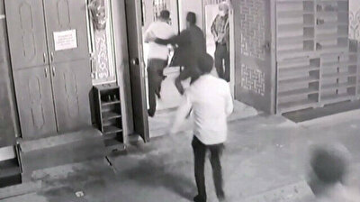 Drug addict beats mosque imam with stick in Turkey's Istanbul