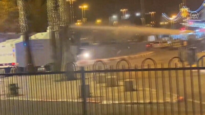 Israeli police use water cannon against Palestinians in Jerusalem's Old City