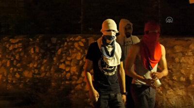 Palestinians in West Bank protest Israeli police intervention in Jerusalem
