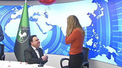 Turkish sports anchor proposes to girlfriend on live TV