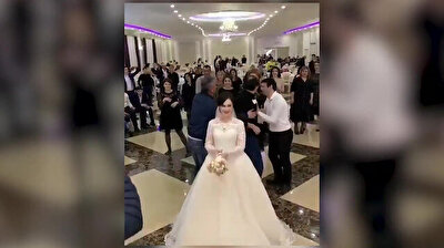 Catfight over Russian bride's bouquet turns violent