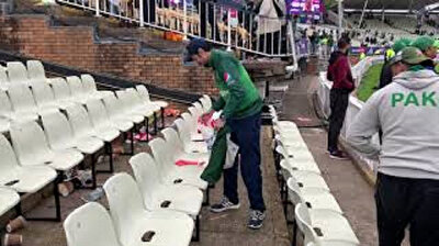 Pakistani cricket fans clean stands after match in Birmingham