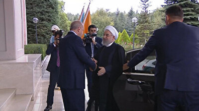 Erdoğan welcomes Iranian President Hassan Rouhani for Syria summit