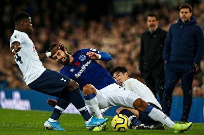 Andre Gomes'in ayağının kırıldığı pozisyon