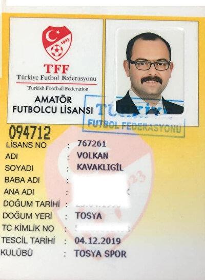 Kavaklıgil'in amatör futbolcu lisansı
