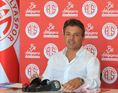 Antalyaspor Teknik Direktörü Tamer Tuna