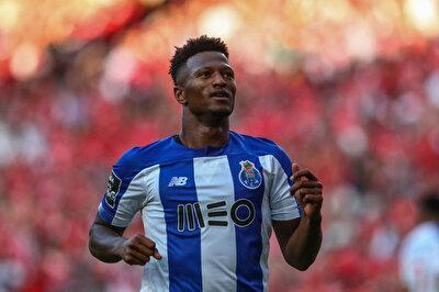 Porto formasıyla 30 maça çıkan Ze Luis, 10 gol atarken, 2 de asist yaptı.