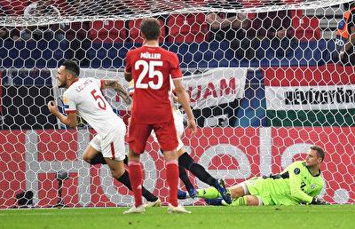 Ocampos, penaltı vuruşunda Neuer'i mağlup etti.