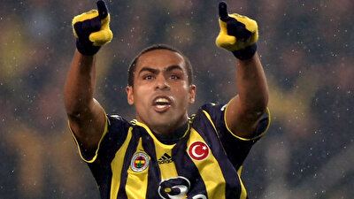 Nobre, Fenerbahçe kariyerinde çıktığı 104 maçta 55 gol attı.