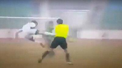 هجوم جماعي على الحكم خلال مباراة كرة قد في أوزبكستان