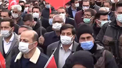 Thousands of people in Turkey's eastern province of Muş took to the streets to protest the brutal execution of 13 Turkish nationals by the Kurdistan Workers' Party (PKK) terrorist organization in northern Iraq.