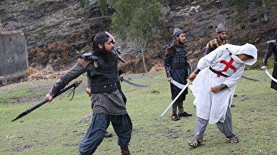 Pakistani teens replicate Turkish TV series' set