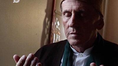 راهب أمريكي يعتنق الإسلام بعد التأثر بالمولوية.. ترك أمريكا واختار العيش في قونية التركية