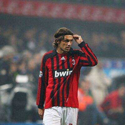 ''Maldini'ye karşı hiç oynama fırsatı bulamadık. Onun hem kulübünde hem milli takımda nasıl performans sergilediğini hatırlarız''