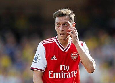 Haberde, Mesut Özil'in sarı-lacivertli camiaya transferinin önündeki tek engel olarak yıldız oyuncunun aldığı maaş gösterilirken,