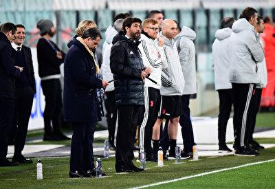 İtalya Serie A'da da aynı durumun konuşulduğu bu günlerde Juventus yönetiminden ses getiren bir açıklama gelmişti. Kulüp Başkanı Agnelli, Lazio'nun 1 puan önünde lider olmalarına rağmen 'bu şampiyonluğu istemeyiz' dedi.