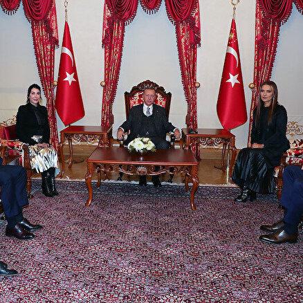 Hande Yener ve Demet Akalın Cumhurbaşkanı Erdoğan'ı ziyaret etti: Gündem çocuk istismarı ve kadına…
