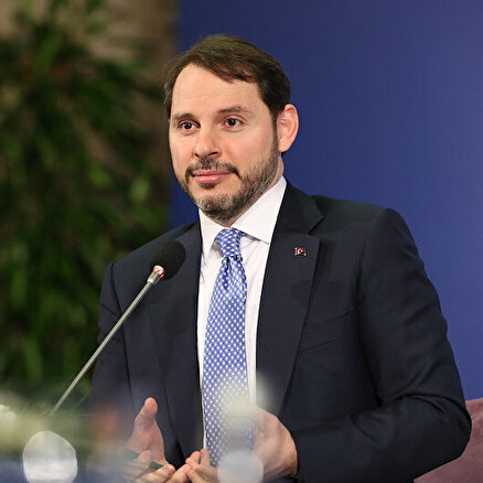 Davos Zirvesinde üçüncü gün: Bakan Albayrak: Türkiyenin borç karnesi çok sağlam