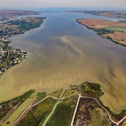 Küçükçekmece Gölü ölüyor